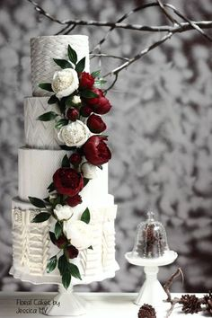 Wedding Winter Cake Texture Ideas For 2019 Luxury Wedding Cake, Floral Wedding Cakes, Elegant Wedding Cakes, Floral Cake, Beautiful Wedding Cakes, Wedding Cake Designs, Elegant Cakes, Purple Wedding, Wedding Bouquet
