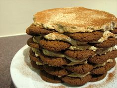 gingersnap icebox cake...with pumpkin cream cheese filling/frosting. oh man.
