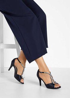 Sandaletter, djupgående, strl. 38. Pris 399:- Bonprix.se Heeled Mules, Outfit, Heels, Fashion, Elegant, Outfits, Heel, Moda, Fashion Styles