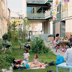 """Ensemble de logements """"Diwan"""" à Montreuil; Graam arch. (Photo : X. Point)"""