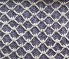 Royal Quilting - trellis knit stitch in 2 colors