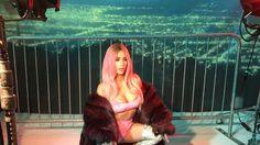 Kim Kardashian luce look nunca antes visto en ella pelo rosa - quien.com