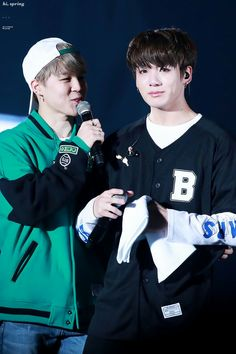 Baby Jungkook - who isn't really a baby anymore - crying and talkin bout how big they've become got me like.. time flies.. and I'm still so in love with these bois. Hwaiting.