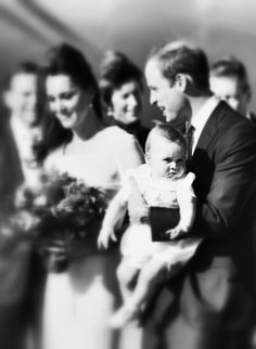 Kate Middleton Prince George Photos: An Alternative View of the Royal Family's Travels