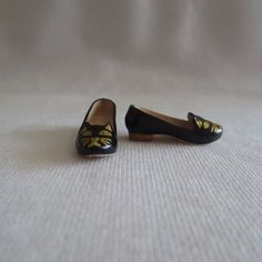 NEW Barbie Charlotte Olympia Doll Black /& Gold Kitty Cat Flat Shoes ~ Clothing