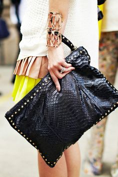 what-do-i-wear:    NYFW (image:blog.nastygal)