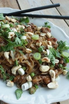 Pad Thai with chicken | Pad Thai met kip | recipe on www.francescakookt.nl