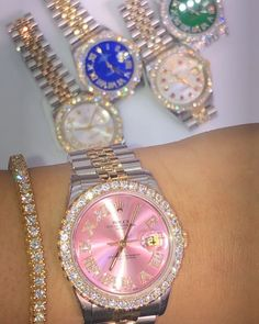 Cute Jewelry, Body Jewelry, Beaded Jewelry, Women Jewelry, Handbag Accessories, Jewelry Accessories, Rolex Women, Accesorios Casual, Men's Watches