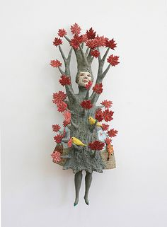 These ceramic sculptures by American artist Kathy Ruttenberg explores nature and the built environment in fired clay like an elaborate children's bo. Sculpture Projects, Sculpture Art, Ceramic Sculptures, Garden Sculptures, Creative Artwork, Cool Artwork, Amazing Artwork, Ceramic Figures, Ceramic Art