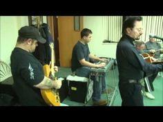 Bob and the good ole boys jamming at Jake's