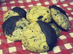 Oreo Crumb Vanilla Cookies. Recipe looks so easy but delicious!