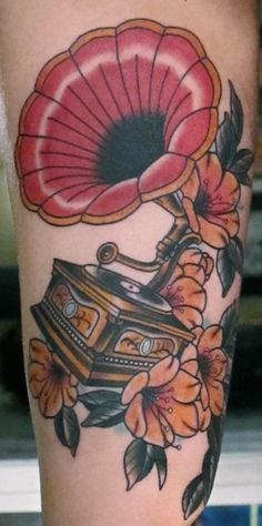 i love it! I need a gramophone tattoo to go with my mic.