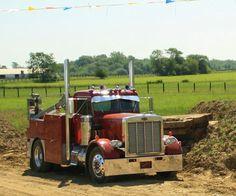 Peterbilt 359, Peterbilt Trucks, Cool Trucks, Big Trucks, Welding Services, Welding Trucks, Truck Mechanic, Fifth Wheel Campers, Equipment Trailers