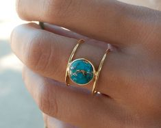 Turquoise Ring * Gold Ring * Statement Ring * Gemstone Ring * Copper Turquoise Ring * Natural * Organic Ring * ByCila * Blue Ring * - Beautiful double thin band ring in gold vermeil. The center stone cut in a circle is the turquoise - Ring Set, Ring Verlobung, Black Hills Gold Jewelry, Silver Jewelry, Black Gold, Black Pearls, Dainty Jewelry, Silver Pendants, Pearl Jewelry