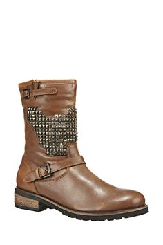 9f1ff0c6a8bb0 97 meilleures images du tableau Shoes We love   Belle, Chelsea boots ...