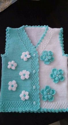 Different And Stylish Baby Vest Models – Knitting And We Gilet Crochet, Crochet Baby Cardigan, Crochet Jacket, Tunisian Crochet, Crochet Cardigan, Knit Or Crochet, Knitting For Kids, Baby Knitting Patterns, Knitting Designs