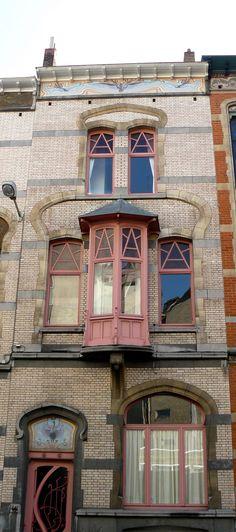 Porta, janelas e balcões Art Noveau   Eu Três Vezes