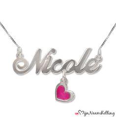 Versier je eigen naam met een hart met deze gloednieuwe ketting!   Share the love: http://www.mijnnaamketting.nl/Product.aspx?p=2324=325=497011