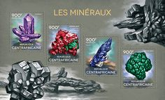 CA14315a Minerals (Amethyst, {…}, malachite)