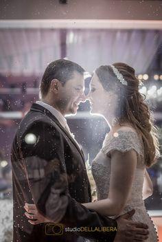 sessão fotográfica do casal, com vidro molhado pela chuva, com um belíssima contra luz (scheduled via http://www.tailwindapp.com?utm_source=pinterest&utm_medium=twpin&utm_content=post90601115&utm_campaign=scheduler_attribution)