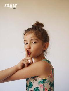 Alessandra from Sugar Kids by Raul Ruz. Cute Little Girls Outfits, Little Girl Models, Child Models, Girl Outfits, Girl Trends, Asian Kids, Kid Poses, Kids Swimwear, Zara