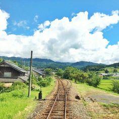 Railway near village in Japan Japan Landscape, Landscape Photos, Beautiful World, Beautiful Places, Aesthetic Japan, Hayao Miyazaki, Art Graphique, Anime Scenery, Nice View
