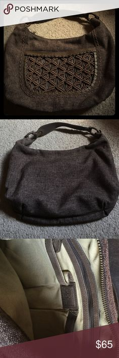 Cole Hann brown weaved hobo purse. Beautiful authentic weaved hobo bag. Perfect for your  fall wardrobe. Has leather details around and inside the purse. In perfect condition. Almost like new. Used only 3 times. Purse protecting bag included. Cole Haan Bags Hobos
