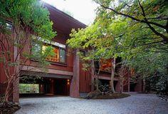 森の中のゲストハウス