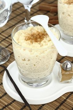 Islaonline.com actually has a mix for this that customers claim is better than home-made (and obviously easier)!  arroz con leche