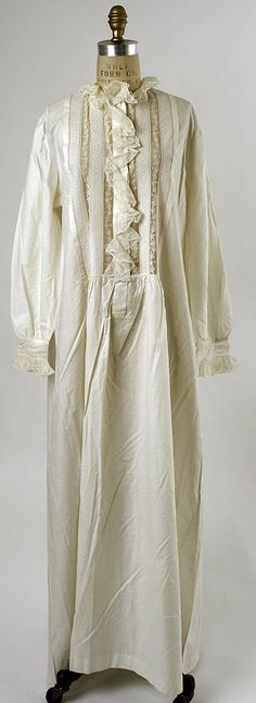 Nightgown  Date: 1880s Culture: American (probably) Medium: cotton  Accession Number: C.I.X.62.5.6  Metropolitan Museum of Art