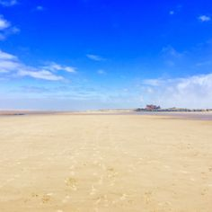 Brancaster beach, lots and lots of sand at low tide! Book your dog and child friendly holiday in North Norfolk now - link in bio