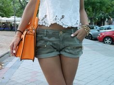 #lace #shirt #oysho #camo #shorts #zara #orange #bag #orangebag #summer #sun #spaiun #madrid #martasshowcase
