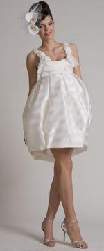 Junko Yoshioka 'Vicky' - http://www.nearlynewlywed.com/collections/dresses/products/junko-yoshioka-vicky-wedding-dress-5272