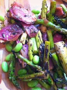 Grilled Asparagus & Red Onion Salad With Edamame!