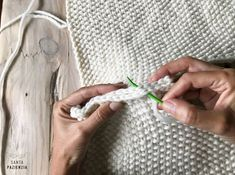 ¿Te atreves a tejer un jersey en punto arroz? | SANTA PAZIENZIA Crochet, Knitting Patterns, Projects To Try, Tote Bag, Blog, Draw, Pullover, Natural, Fashion