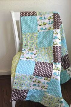 "Effortless Tied Baby Quilt ""Weekend Project"""