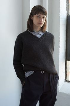 Winter Jumpers, Anti Fashion, Margaret Howell, Classic Chic, Gorgeous Fabrics, Business Casual, Minimalist Fashion, Style Inspiration, Style Ideas