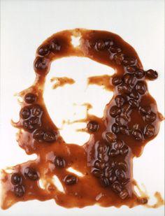 Strange portraits - Vik Muniz uses all kinds of objects including food.