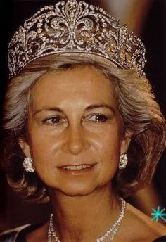 Tiaras de diamantes de la Realeza  Sofía reina de España