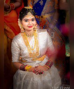 New Wedding Garden Dress Brides Beautiful 34 Ideas Indian Bridal Sarees, Indian Bridal Outfits, Indian Bridal Makeup, Indian Wedding Jewelry, Bridal Dresses, Kerala Bride, South Indian Bride, Bridal Blouse Designs, Saree Blouse Designs