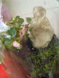 Make a Mini-Mary Garden in a jar with Kids