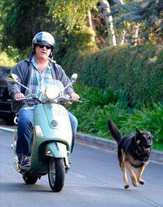 Walkin' the dog, Jim Belushi style!  ModernVespa.com