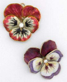 Pansy in red shaded to white with hinged pendant bail, centers diamond