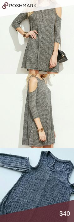 """Gray Ribbed Cold Shoulder Shift Dress Gray Ribbed Cold Shoulder Shift Dress  Perfect everyday but on trend dress. Put it on and put chic accessories for night out or put wide brim hat and create easy daytime boho look! *One Size - Pit to pit : 17"""" flat / Length : 33"""" *Polyester  *New boutique item - No tags  *No trade shop_terracotta  Dresses"""