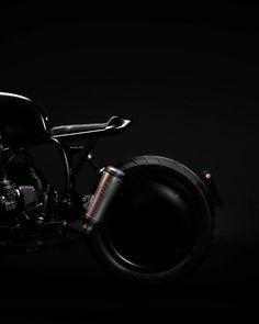 2,413 отметок «Нравится», 13 комментариев — Vagabund (@vagabund_moto) в Instagram: «👀 Vagabund V09 tomorrow on @bikeexif!? 🤷🏻♂️ YES! . . . . . #vagabund #moto #handcrafted…»