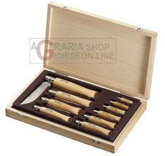 OPINEL SET COLLEZIONE 10 COLTELLI OPINEL LAMA INOX DA N. 2 A 12 CON SCATOLA IN LEGNO CON COPERCHIO https://www.chiaradecaria.it/it/opinel/13577-opinel-set-collezione-10-coltelli-opinel-lama-inox-da-n-2-a-12-con-scatola-in-legno-con-coperchio-3123840013119.html