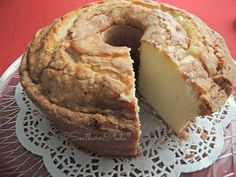 Aunt Sue's Famous Pound Cake - Southern Plate