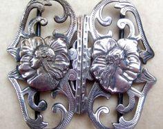 Art Nouveau belt buckle silver tone metal with female faces sash buckle  (22)