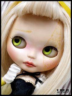 *NaNuKa* custom blythe doll