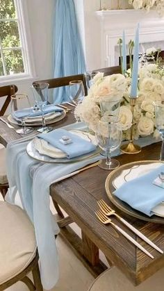 View Video, Wedding Places, Wedding Dress Styles, Table Settings, Indoor, Wedding Ceremonies, Dining, Instagram, Party Ideas